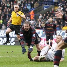 Hleb's reluctance to shoot paved the way for Arsenal's final two goals