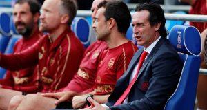 Arsenal legend has urged Unai Emery to change formations