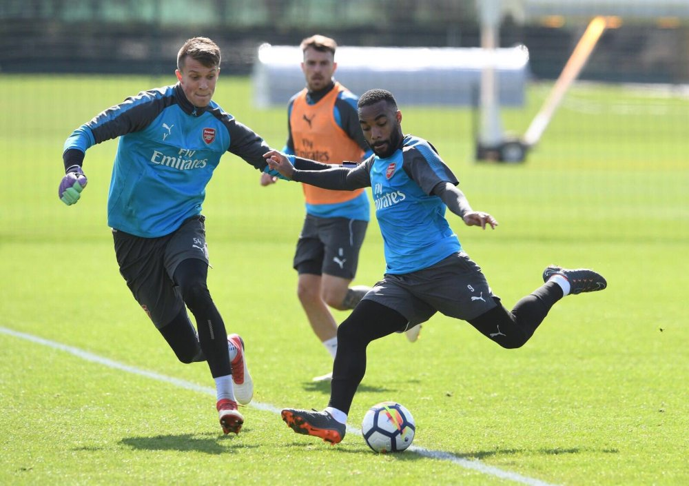 Alexandre Lacazette in training