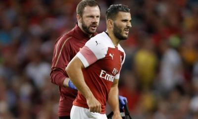 Sead Kolasinac injured in match against Chelsea