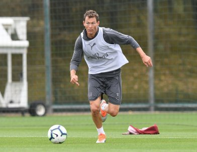 Stephan Lichtsteiner in Arsenal training