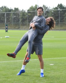 Guendouzi and Mesut Ozil in training