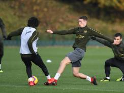 ST ALBANS, ENGLAND - NOVEMBER 21: (L-R) Mo Elneny and Charlie Gilmour of Arsenal during a training session at London Colney on November 21, 2018 in St Albans, England. (Photo by Stuart MacFarlane/Arsenal FC via Getty Images) *** Local Caption *** Mo Elneny;Charlie Gilmour