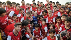 Freddie with Arsenal Soccer School youngsters