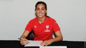 Fara Williams signs for Arsenal Ladies