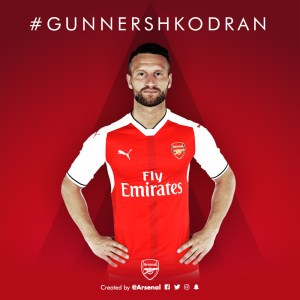 Mustafi completes move to Arsenal