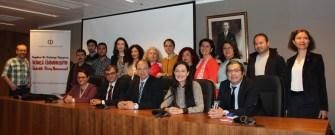 Avrupa'da yaşayan Türklere  ikinci üniversite şansı Anadolu Üniversitesi'nde