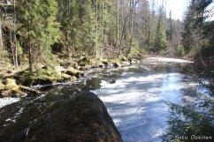 Vesiväylä Savijärveltä Rahtijärvelle.