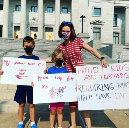 Anna rallying to protect Arkansas students and kids