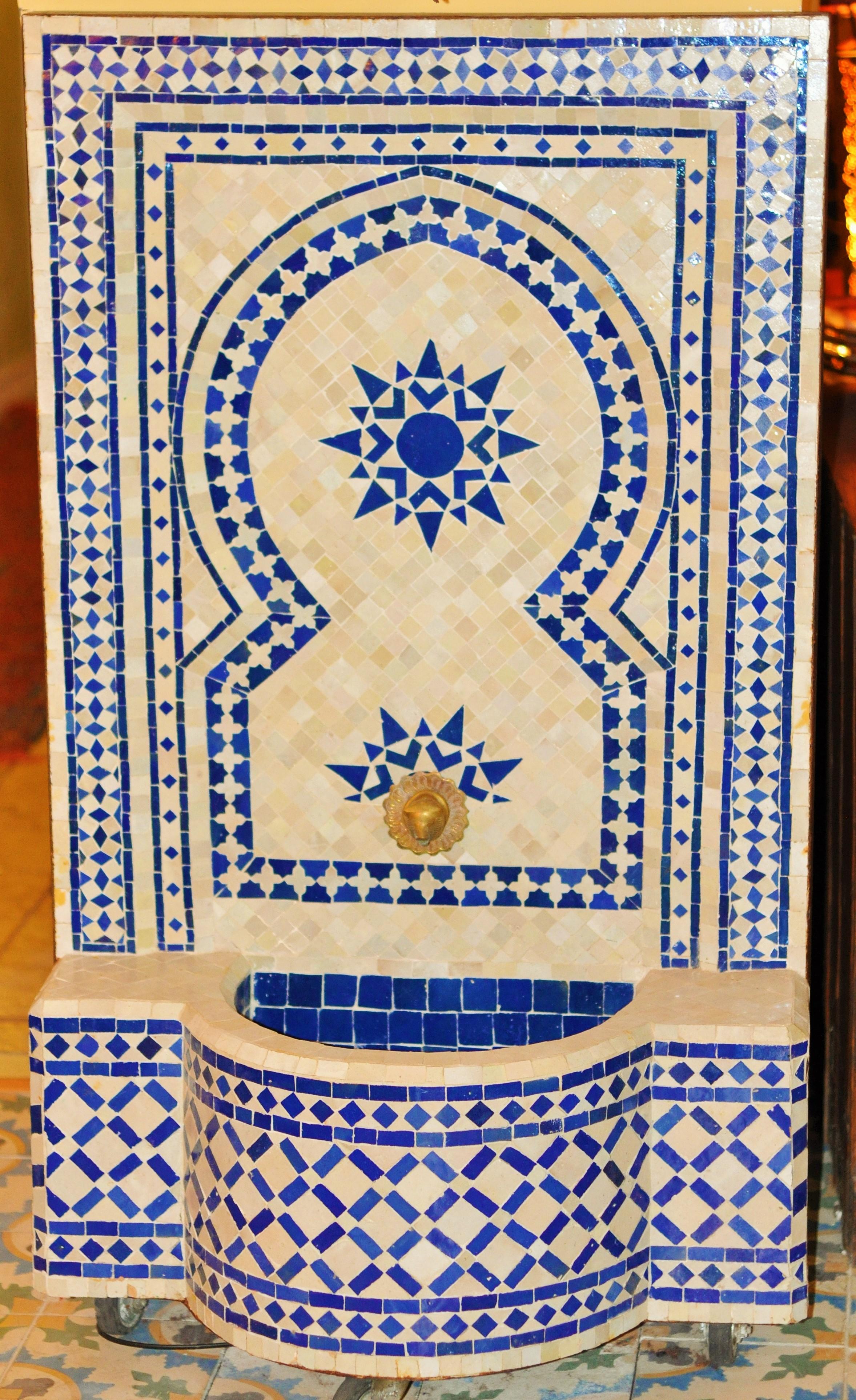 Fontaine La Fibule Art Du Maroc Besanon Depuis Plus