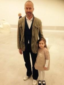 Erwin Wurm mit Tochter