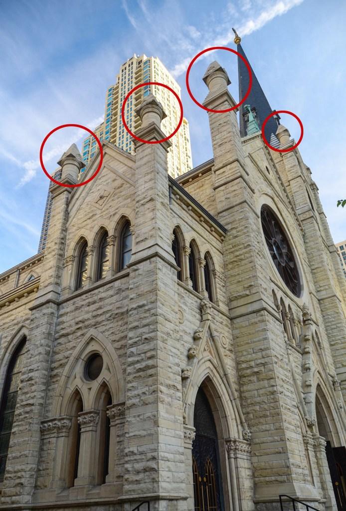 Башенки на соборе Собор в Чикаго