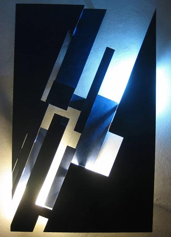 Tagliodiluce by Giorgio Cubeddu with background lights.