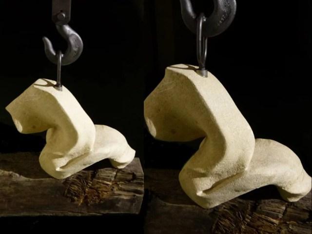 L'instant éternel 2 - Sculpture en Calcaire de Lacoste bois de Chêne et acier - Carole Kohler (a)
