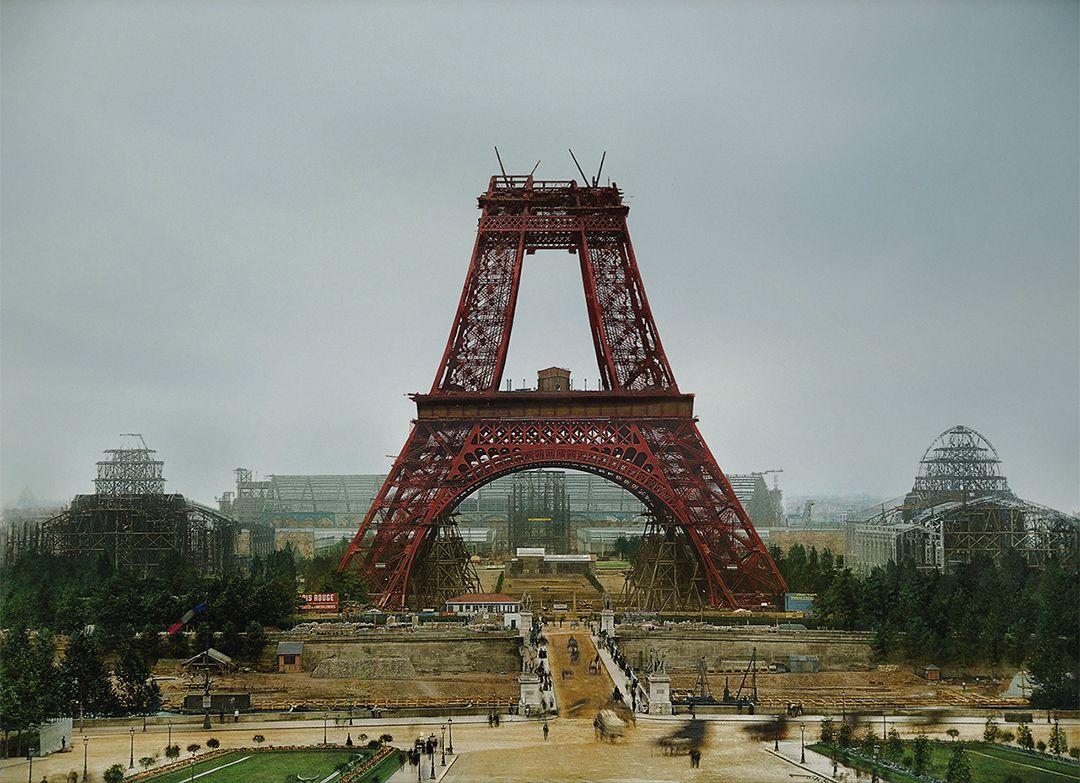 Париж выделит €300 млн на реконструкцию Эйфелевой башни