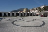 La pavimentazione con disegno di Cocteau