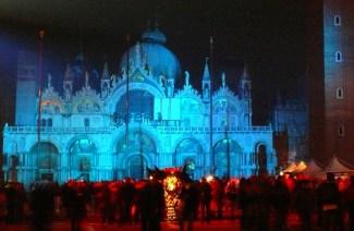 S.Marco con luci d'artista per Carnevale