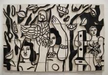 Les Femmes au perroquet, basso-rilievo in terra cotta smaltato