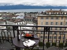 Losanna il lago visto da un balcone dellHotel Palace