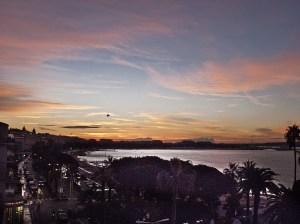L'alba da una camera del Majestic Barrière