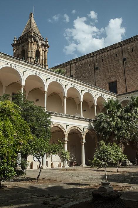 Chiostro ex Convento Padri Carmelitani