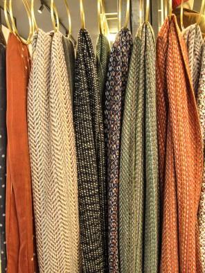 Sciarpe colori caldi Eleventy