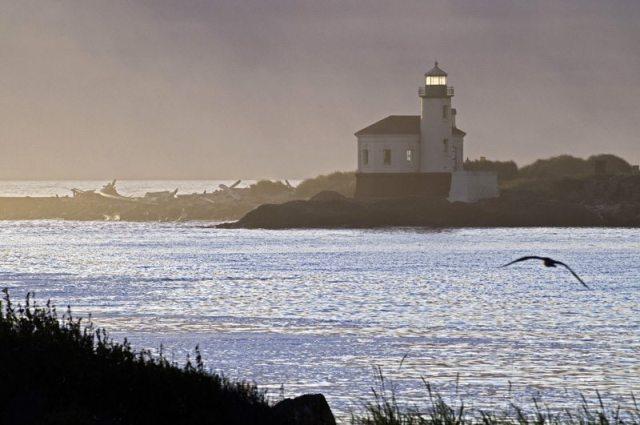 Bandon Lighthouse, image by Tom Glassman