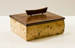 ART'Clectic Artisan's Market at Art PResence Art Center May 2015: Handcarved wooden keepsake box by Bruce Millbank