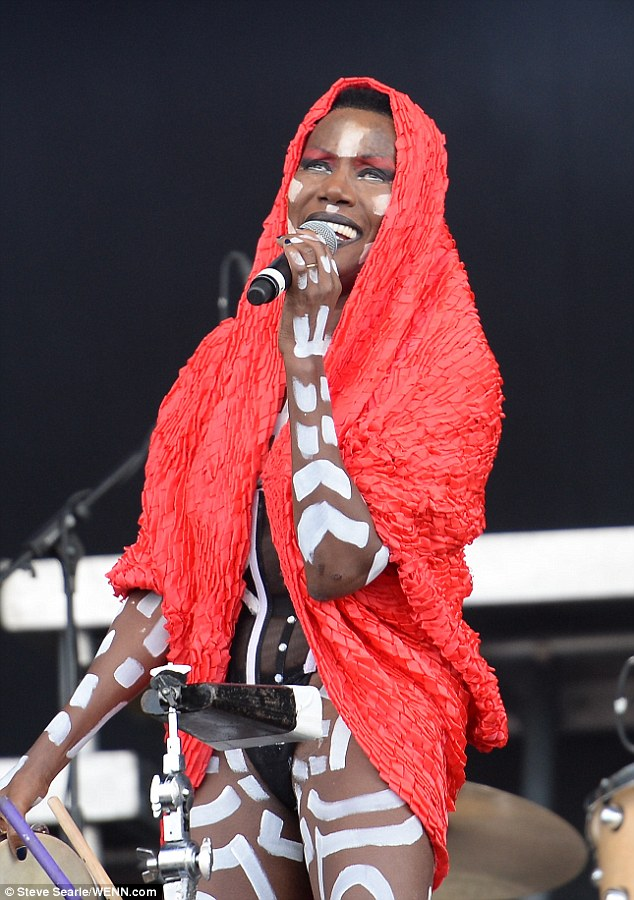 Grace Jones 67 Gives A Breathtaking And Topless