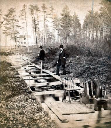artist-landscape-survey-vintage-photo