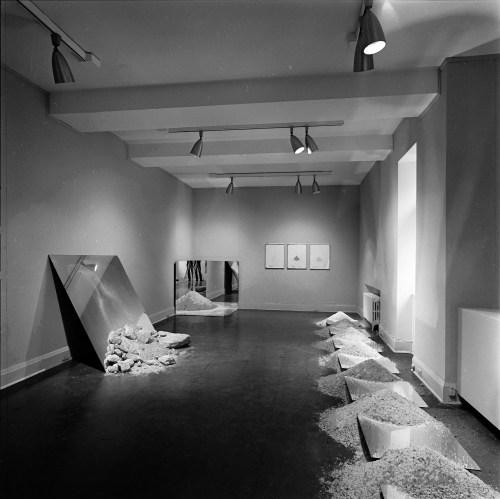 Robert Smithson, Mirror/Salt Works, installation view at the Renaissance Society, 1976.
