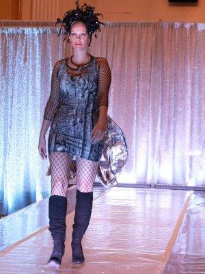 Bodycon dress. Silver Lining