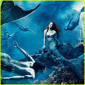 Julianne Moore and Michael Phelps Llittle Mermaid