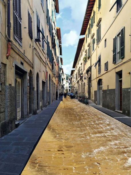 Via Santa Maria, Florence, Italy, street gilded with imitation gold leaf, 2015