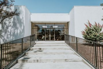 Exterior shot of CGU Art Building. Photo credit: Sargeant Creative