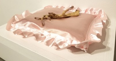 Kari Reardon, Blinky the Friendly Hen, CSUN Art Gallery; Photo Credit: Kristine Schomaker