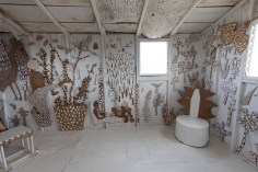 Louisa Owen, To the Land of Gold and Wickedness, Bombay Beach Biennale; Photo credit Jack Burke