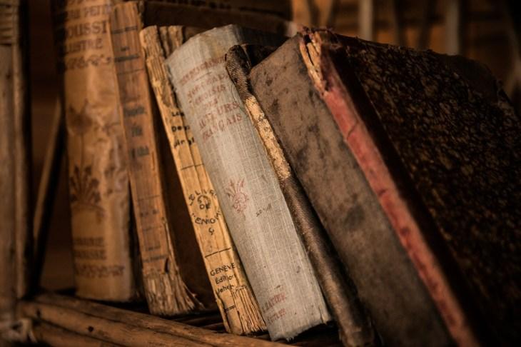 Heirloom Decor Vintage Books