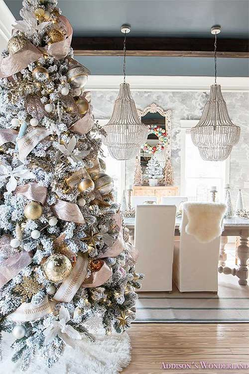 Frosted Glam Christmas Tree