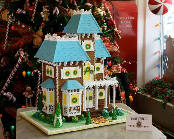 Grand Victorian Gingerbread House