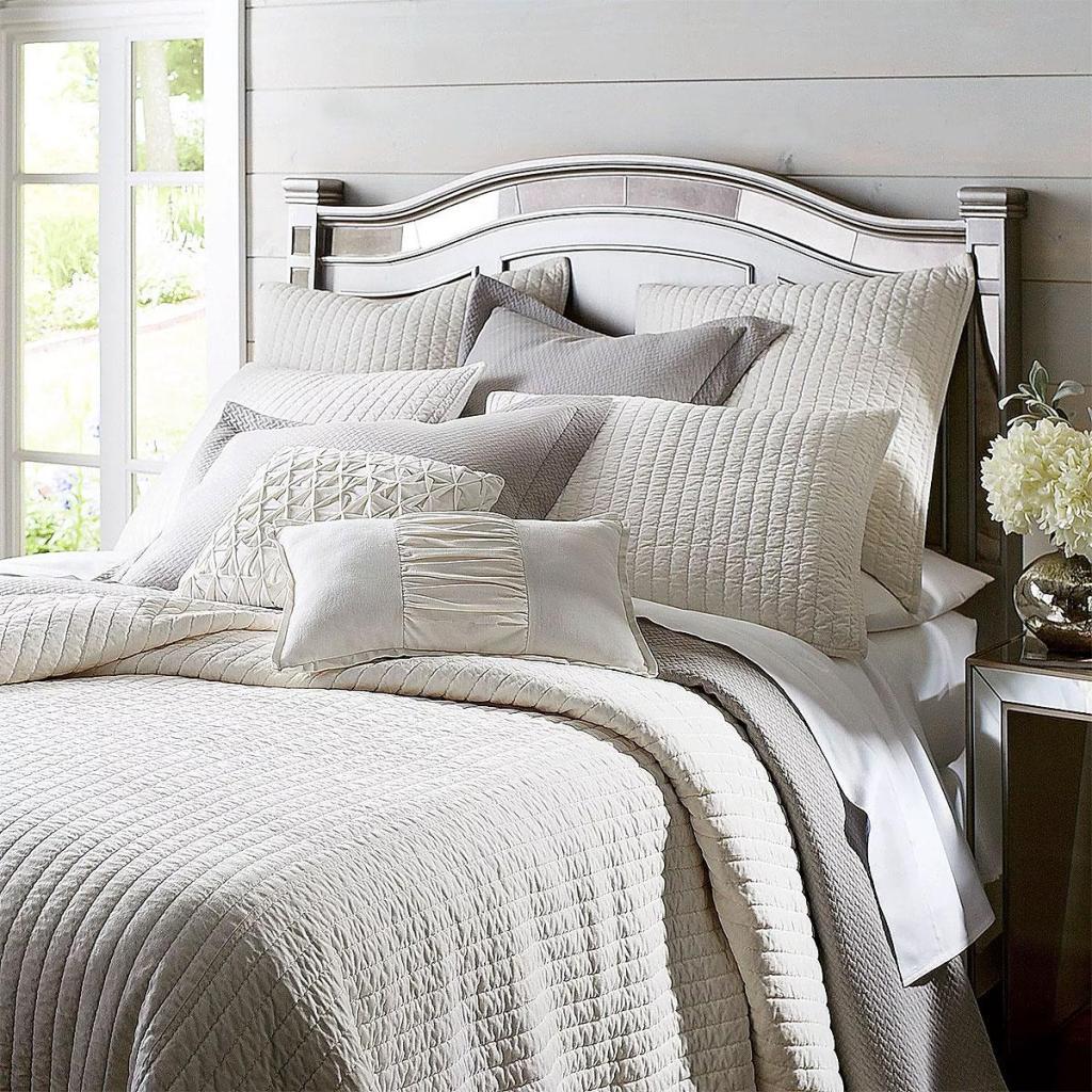 Modern Velvet Bedroom