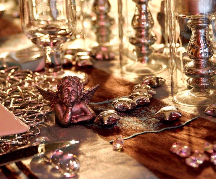 Delightful Christmas Cherub Tablescape