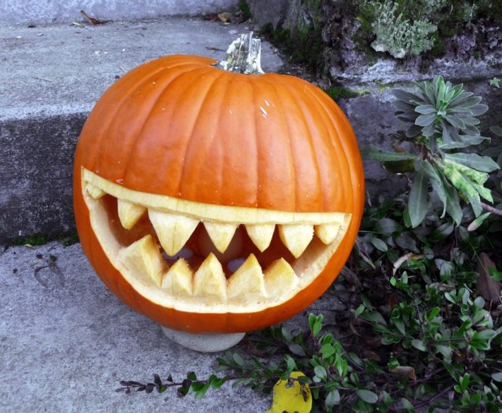 Halloween Pumpkin Carving Ideas | Big Teeth