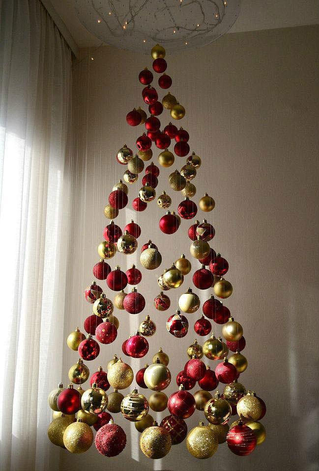 Unique Christmas Trees   The Treeless Christmas Tree