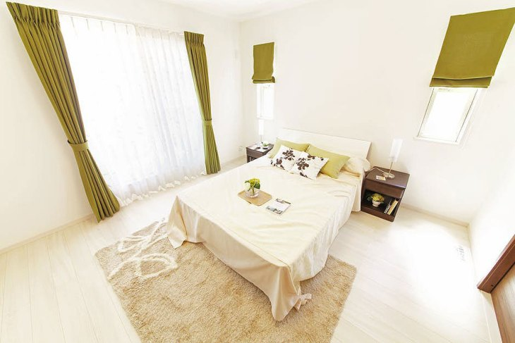 Modern Airy Bedroom Design