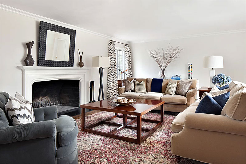 Living Room Layout with Large Coffee Table