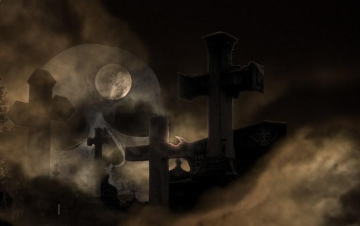 Misty Graveyard | Halloween Pictures You Can Print