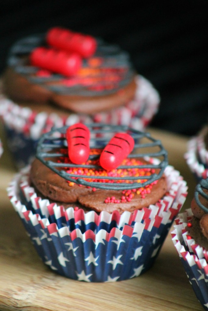 4th of July BBQ Cupcakes