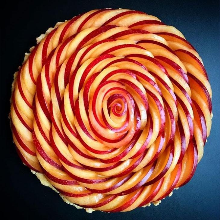 A gorgeously designed Lauren Ko pie