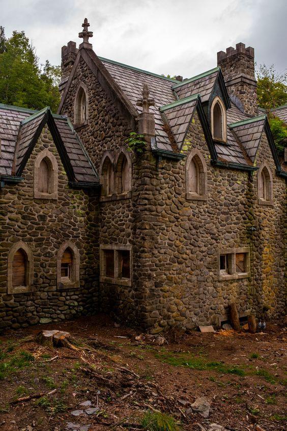 Abandoned Dundas Castle